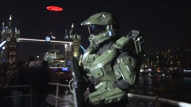 Halo 4 midnight launch in London [VIDEO]